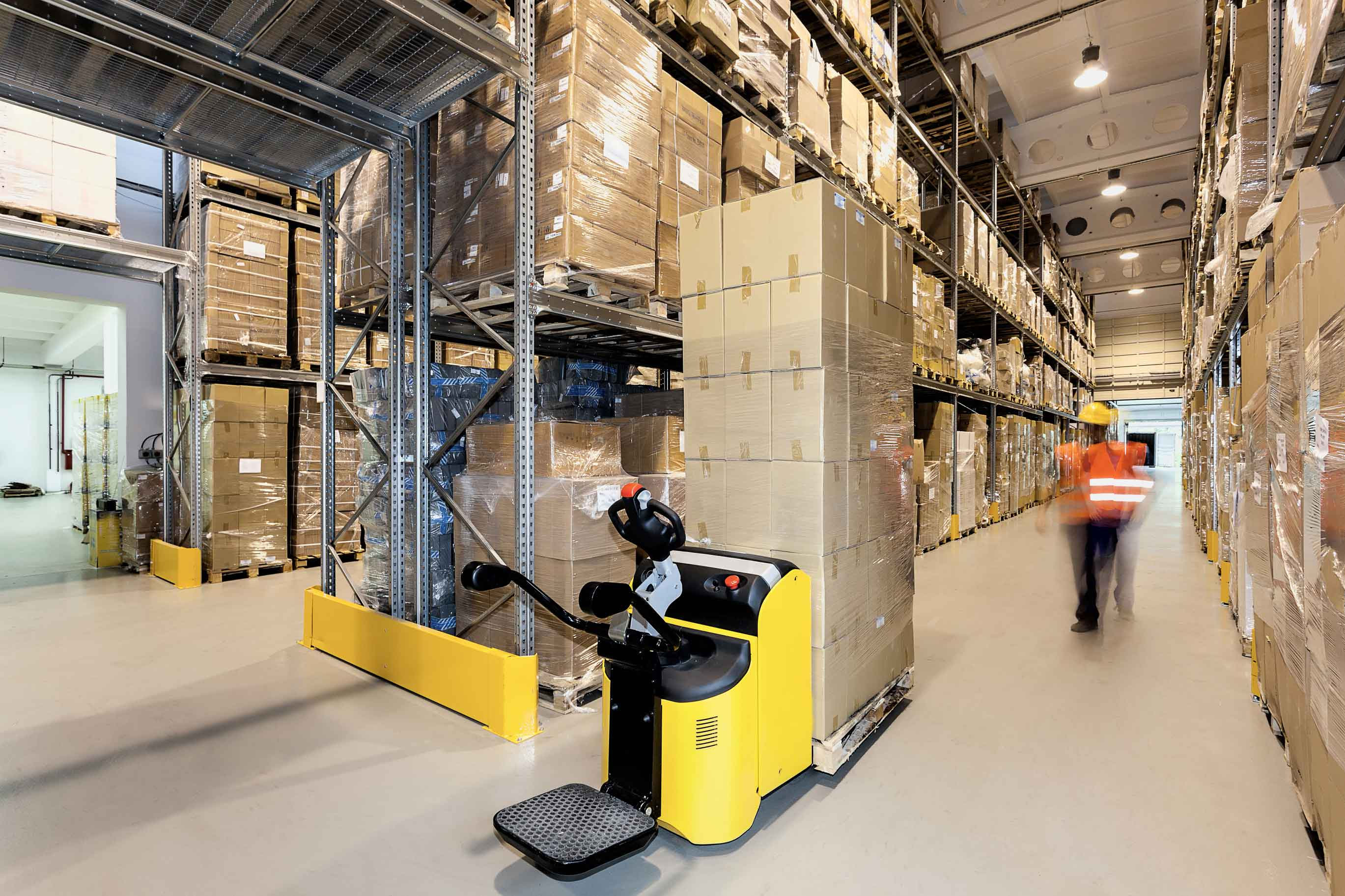 dreamstime l 36632083 - Cameras Reduce Warehousing & Manufacturing Losses